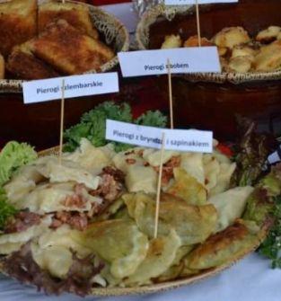Pierogi z: mięsem,ruskie,serem,szpinakiem,borówkami